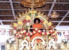 Sathya Sai Baba, Lord of Mega Buck Pomp and Circumstance