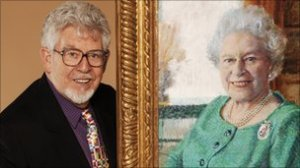 Rolf Harris (2006) with his portrait of The Queen